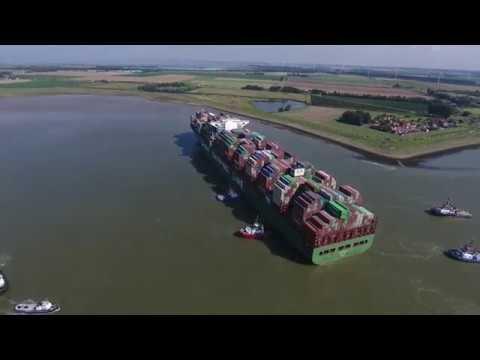 Download Youtube: DJI Phantom 4 - CSCL Jupiter stuck at Westerschelde In the Netherlands (4K)