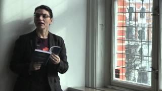 """Sara Sarabi läser sin dikt """"Mohr"""" (Stämpel)"""