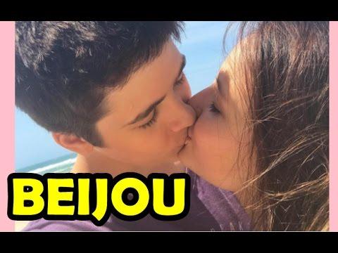 4493a3a249753 LARISSA MANOELA GANHA BEIJO NA BOCA DO NAMORADO JOÃO GUILHERME - YouTube