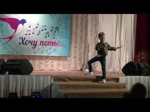 """Илья Лазарев 7 лет """"Идет солдат по городу"""""""