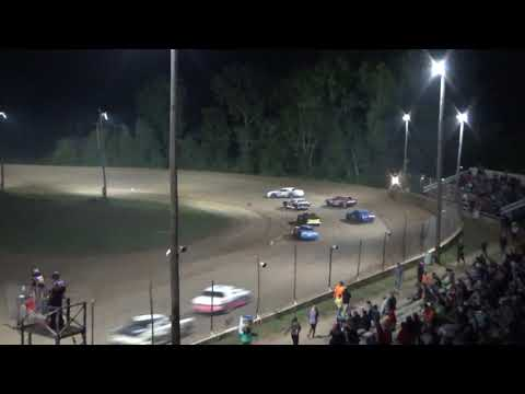 Street Stock B Feature #2 at Crystal Motor Speedway, Michigan, on 08-25-2018!