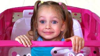 Детская песня - С игрушками | Песни для детей от Майи и Маши