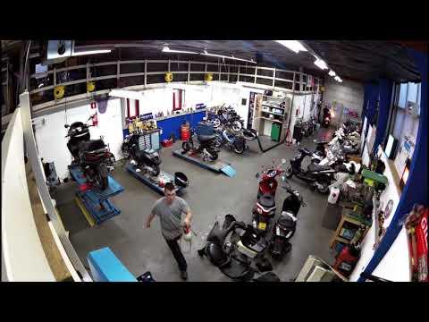 Tensen tweewielers Westland een blik in onze moderne werkplaats