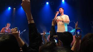 Gambar cover HONNE - Day 1 ◑ Live in Japan Tour