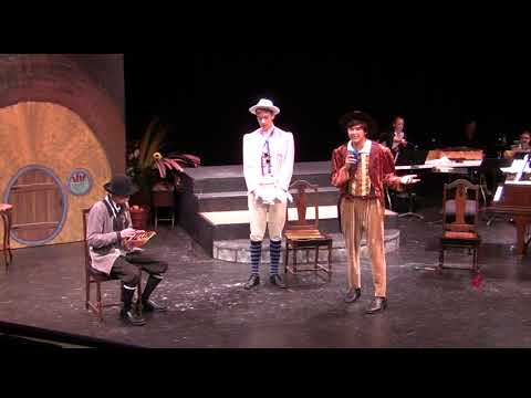 "Thomas Usherwood (in Gray suit)-2016-Gala recital ""Thumbelina"" public"
