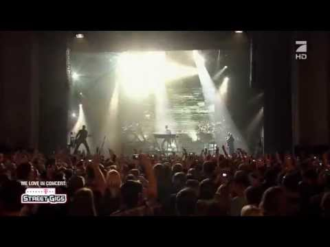 Linkin Park - New Divide (Telekom Street Gigs Berlin 2012) HD