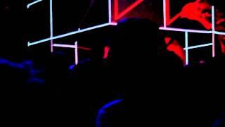 Julio Bashmore spins a classic @ Furie, Social Club, Paris - 03/02/2012