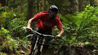 Downhill Freeride MTB with Specialized Demo 8 - Wyatt Griffioen
