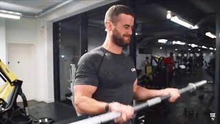 Biceps, Burgers & Burnouts - Bicep Workout! Ft. Audi Rs5, Je & Archie Hamilton
