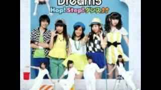 2013年5月15日発売の10thシングル「Hop! Step! ダンス↑↑」に収録。