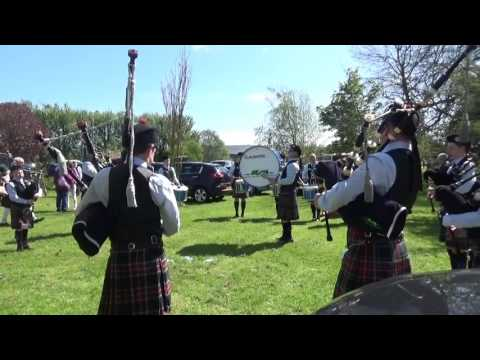 Cloughfin Pipe Band Warming Up @ Ards & North Down Pipe Band Championships 2016 (2)