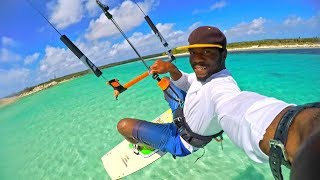 Kiteboarding in Snow Bay Lagoon entrances at San Salvador Kitesurfing Bahamas