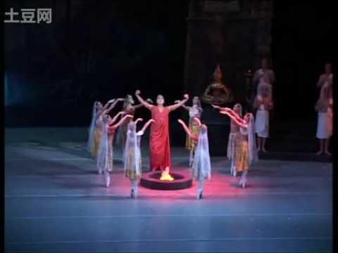 La Bayadere (Mariinsky Ballet) - Alina Somova & Danila Korsuntsev