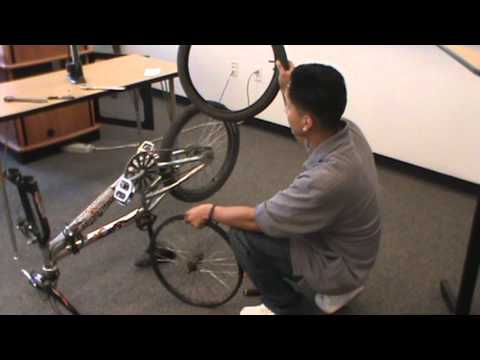 How to change the inner-tube of a front bike tire.