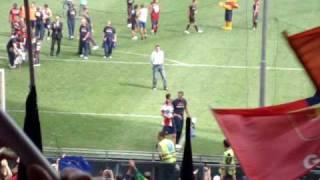 Milito Genoa Lecce saluto ai tifosi