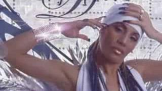 Watch Ivy Queen Quiero Bailar video