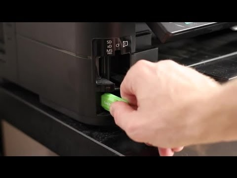 How to Print Pictures From a Flash Drive : Photography Printing & Techniques