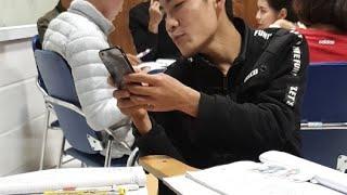 Các Bạn Ấy Học Về Tiền Trong Tiếng Trung!