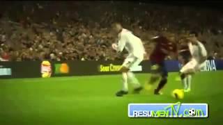 Download Video Dani Alves humilla a Cristiano Ronaldo Barcelona 2-1 real madrid 26/10/13 MP3 3GP MP4