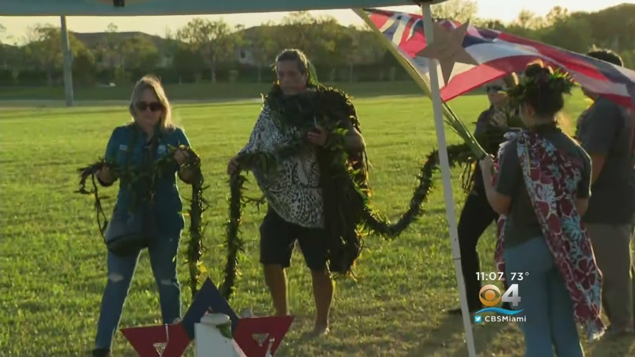 Group Travels From Hawaii To Pay Tribute To Parkland Shooting Victims