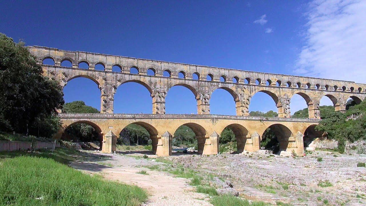pont du gard ancient roman aqueduct provence france hd