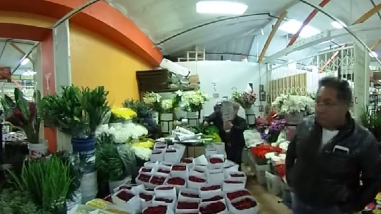 In 360 Welcome To La Flower Mall In Las Flower District Youtube