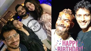Virat Kohli Celebrates His Birthday With Wife Anushka Sharma & His Team Mates In Dubai