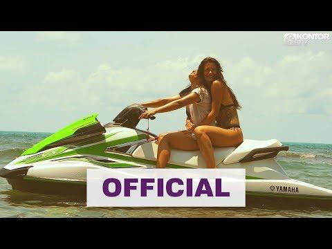Смотреть клип Plastik Funk & Melody Federer - Standing