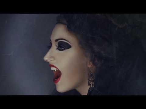 Gothic Halloween Hairstyles