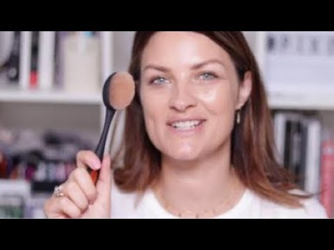 Blend + Blur Foundation Brush   Real Techniques