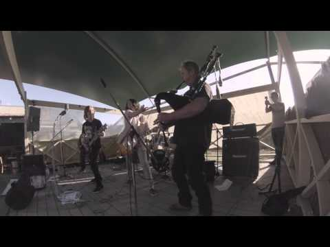 Slingshot - Long way to the top (cover) Live Catho Pub 2014