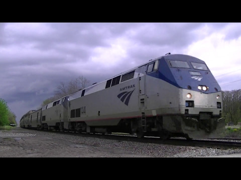 Thumbnail: Horn Salute from Six-Minute-Late Amtrak #5