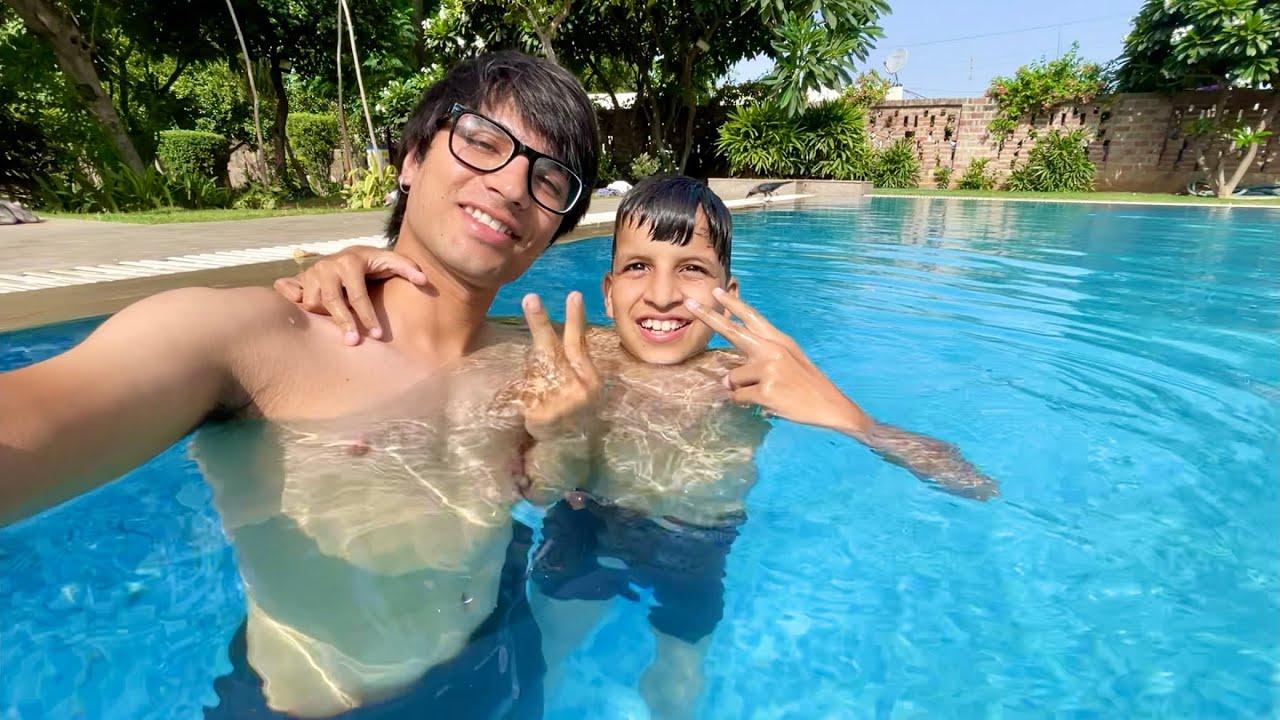 Download Pura Din Pool Mein 😅