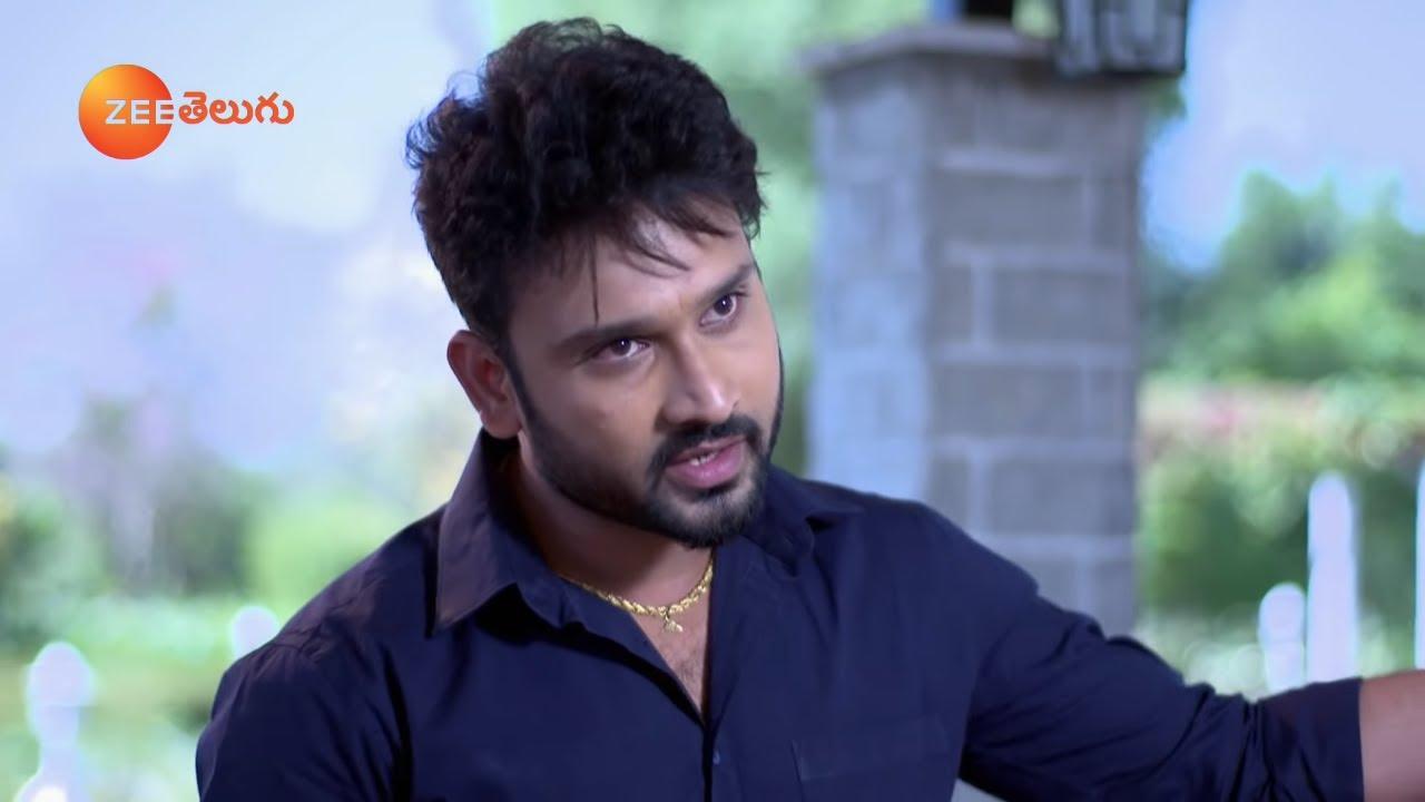 Download అందరు నీలాగా భర్తను వదిలేసి వుండరు కదా.. Attarintlo Akka Chellellu - Best Scene - Chaitra Rai - Ep-6