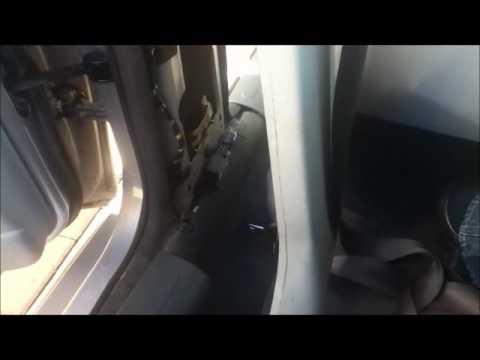 Jaguar X Type - Fixing a stuck seat belt.