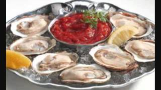 Hold Tight (Want Some Seafood, Mama) - The Andrews Sisters w/ Lyrics
