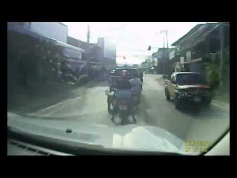 รถซิ่ง นิวอีซูซุดีแม็ก 4 ประตูยกสูง  สีดำ
