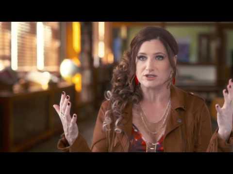 "Bad Moms: Kathryn Hahn ""Carla"" Behind the Scenes Movie Interview"