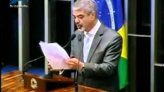 Senador Humberto Costa (PT-PE) comemora produção do primeiro hemoderivado pela Hemobrás