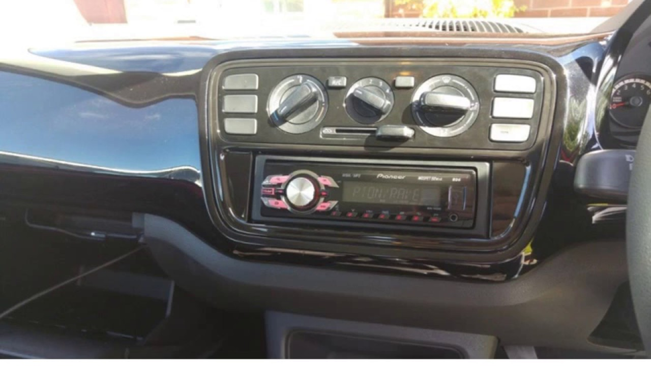 how to fit an aftermarket stereo to a vw up youtube rh youtube com vw up fuse box volkswagen up fuse box location