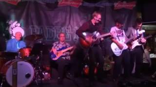 The Rural Celebrities - Walkin Away Live At Padre Murphys