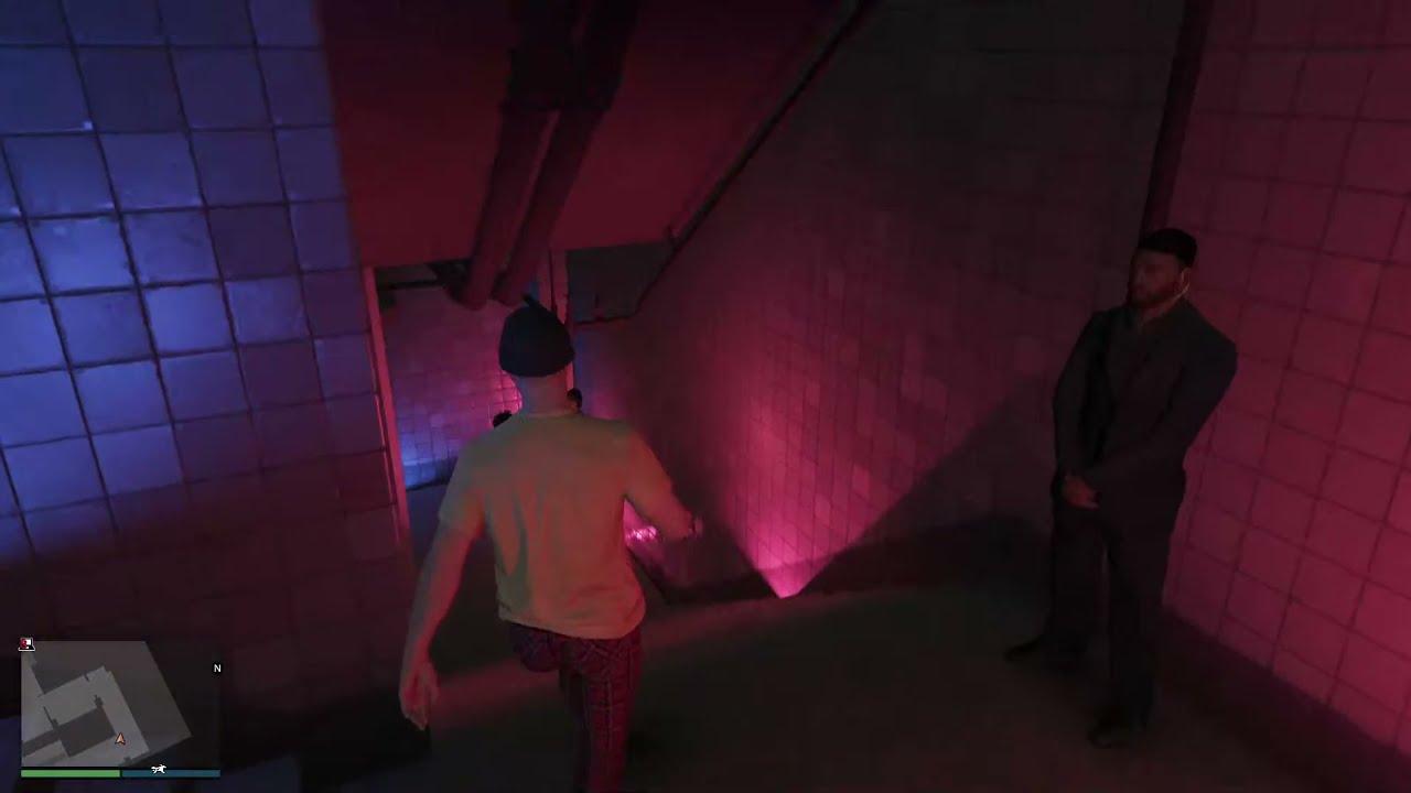 Что из себя представляет Ксения Собчак(GTA V Online)