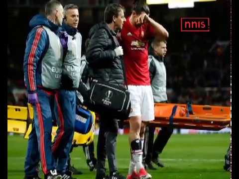 Zlatan Ibrahimovic Suffers Knee Injury