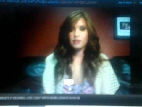 Demi Lovato Live Chat (09/14/10) - Talking about Montreal