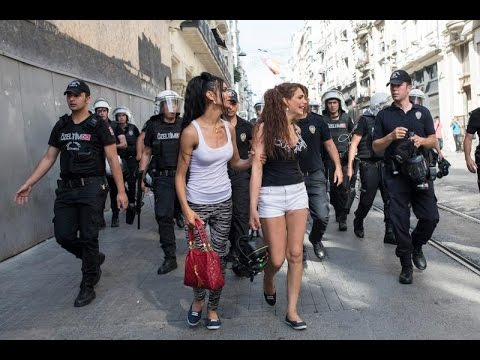 Killing of transgender Turkish woman sparks outcry