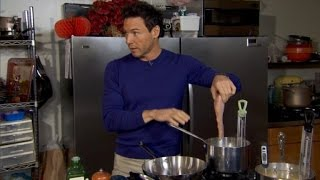 Rocco DiSpirito Shows You How To Cook a 350 Calorie Thanksgiving Feast
