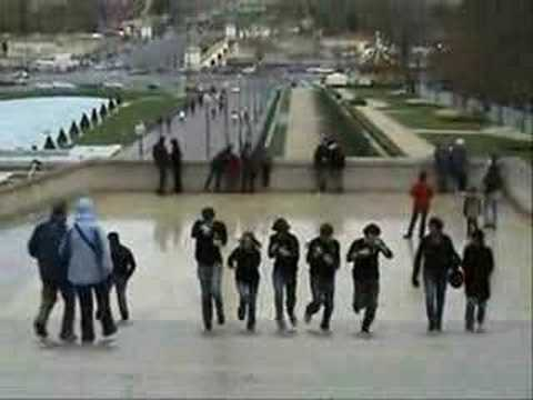 Danone Trust 2008 French Movie : Sorbonne Team Spirit