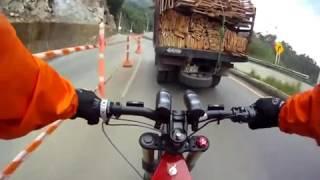 VTT electrique  impressionant 100 km h sur la route