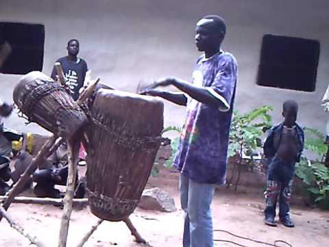 Anyuak music