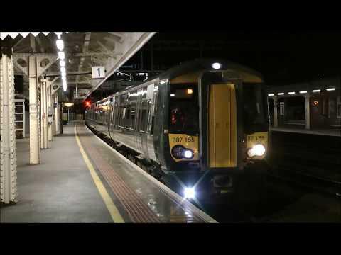 First class 387s at Newbury 07/12/2018